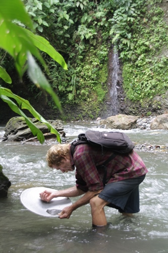 Panning for gold in Costa Rica