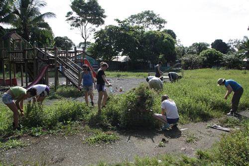 Cleaning park in Costa Rica