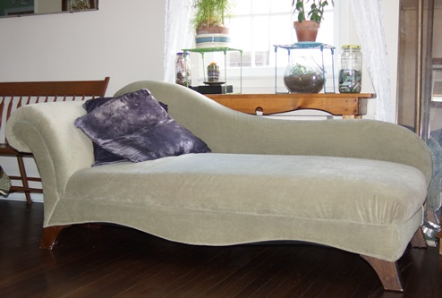 Curb sale chaise lounge