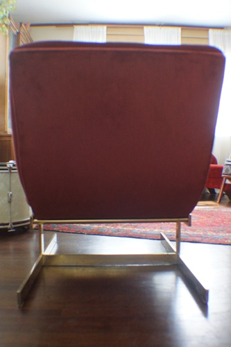 Newly reupholstered chaise lounge